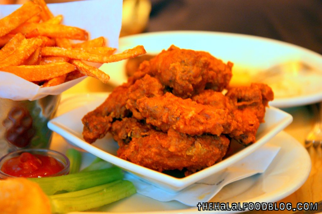 Buffalo Wings (AED62)