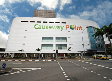 25 Halal Things To Makan At Causeway Point