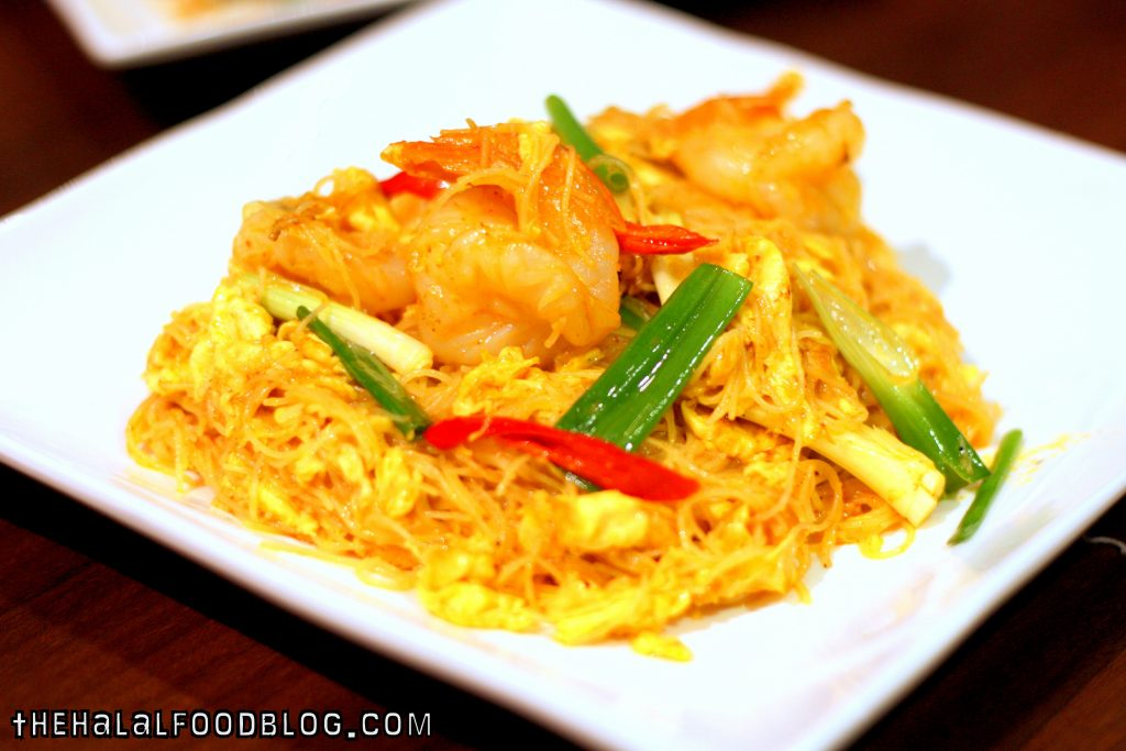 Fried Bee Hoon with Coconut