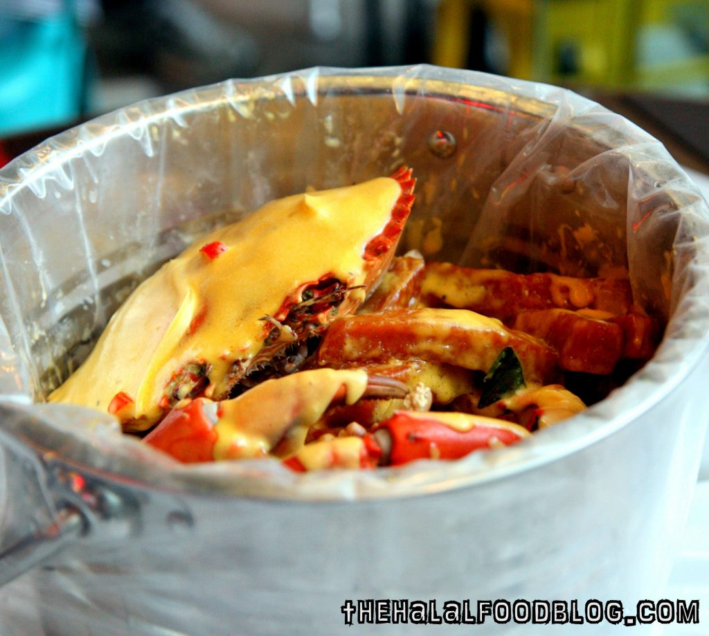 Poseidon Bucket Salted Egg Yolk Sauce