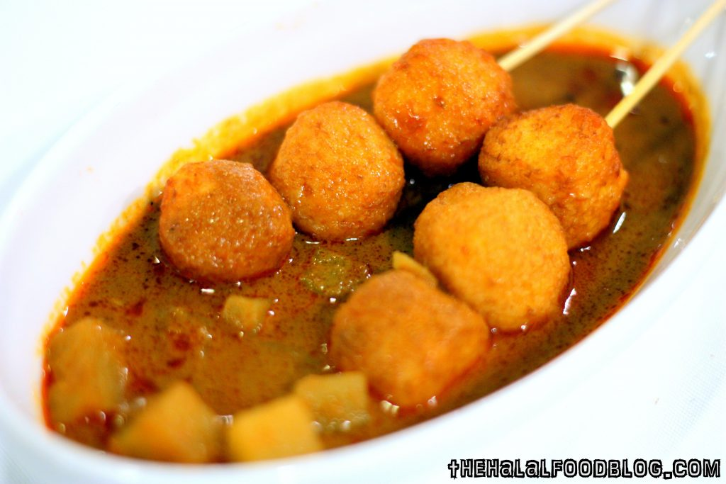 Penang Culture Part III 04 Penang Curry Fish Balls