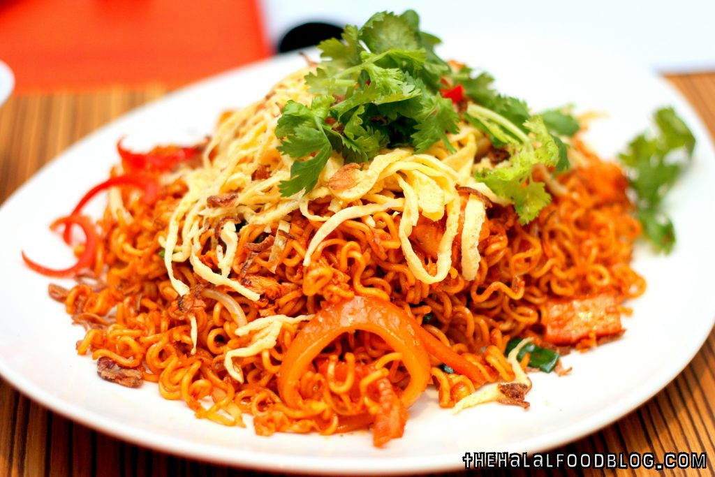 21 On Rajah Ramadan Offerings 07 Maggi Goreng Live Station