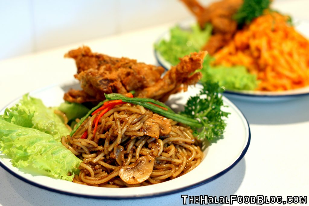 Black Pepper Soft Shell Crab Noodles